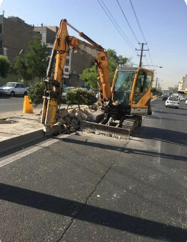 پرونده پروژه های توسعه محلی با بهسازی بلوار خلیج فارس در منطقه ۱۸ بسته خواهد شد
